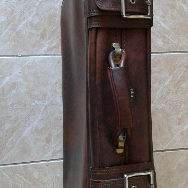 Mala de viagem antiga, ika,marrom pinhão , usada