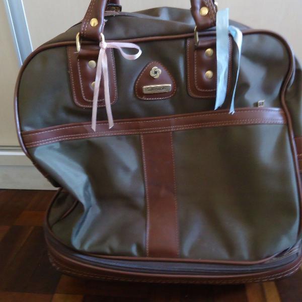 Mala sacola de viagem de rodinhas samsonite usada
