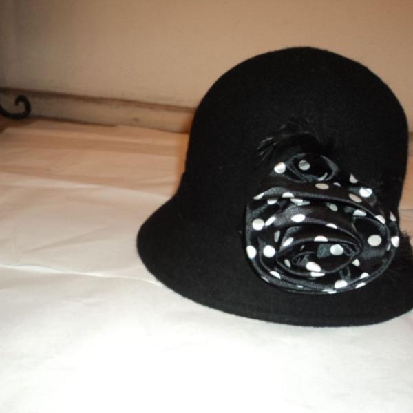 Retrô - chapéu em feltro modelo vintage, trazido de ny
