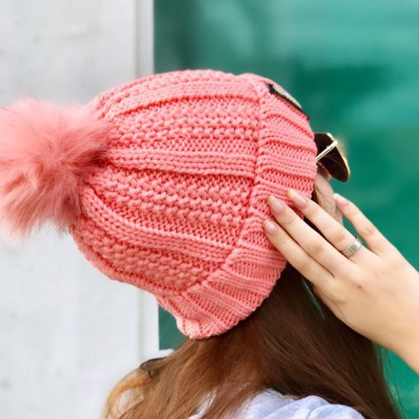 Touca gorro rosa com pompom e forro em pelo feminina
