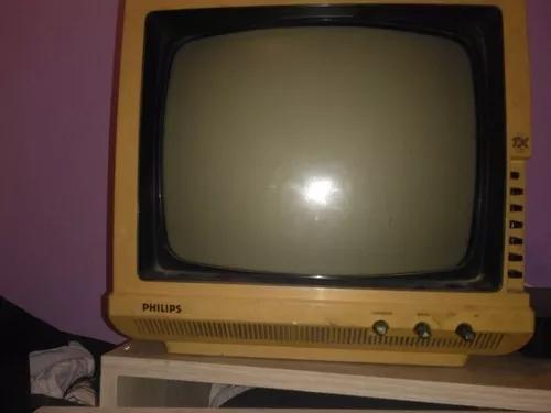 Vendo tv philips antiga