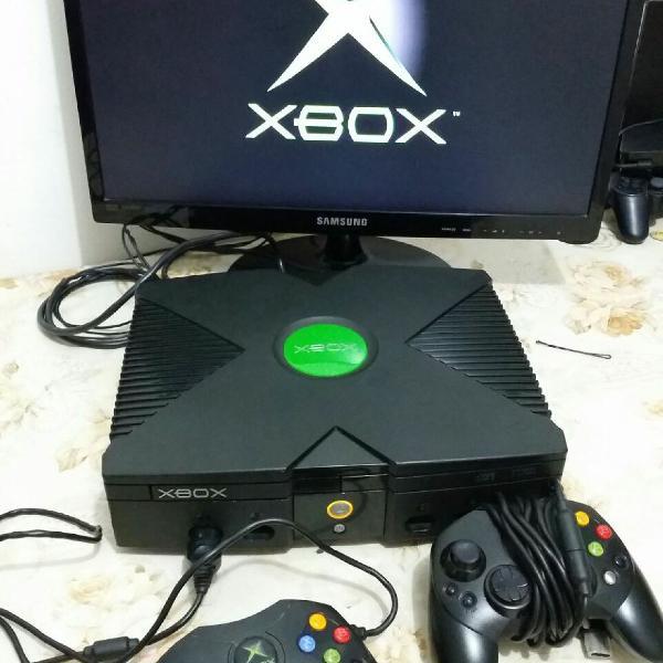 Xbox classico 2 controles originais