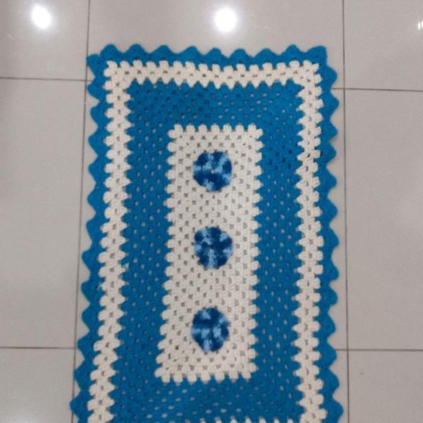 Tapete artesanal em crochê