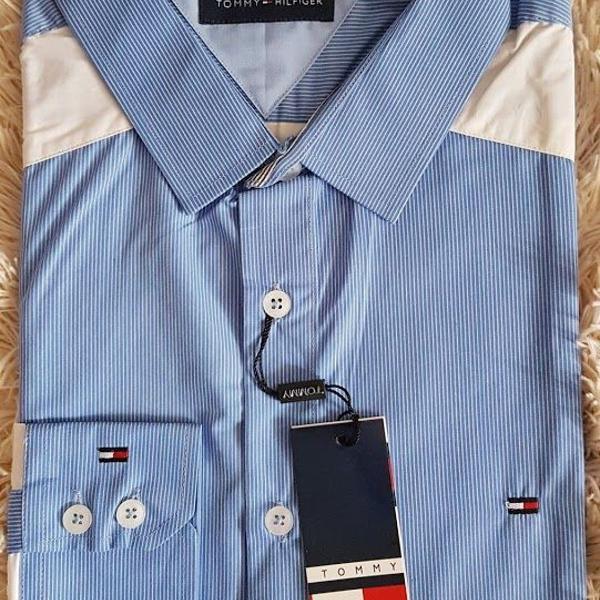 Camisa social tommy hilfiger azul claro listrada tam g