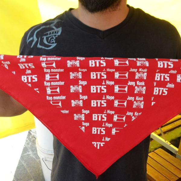 Lenço bandana bts vermelho kai pop