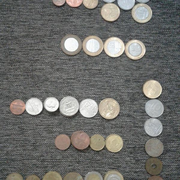 Lote de moedas do brasil e do mundo