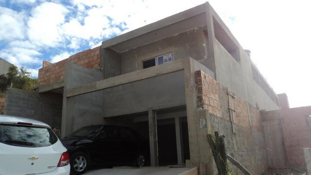 Tima casa, 2 quartos, 1 vaga, localizada no bairro gávea