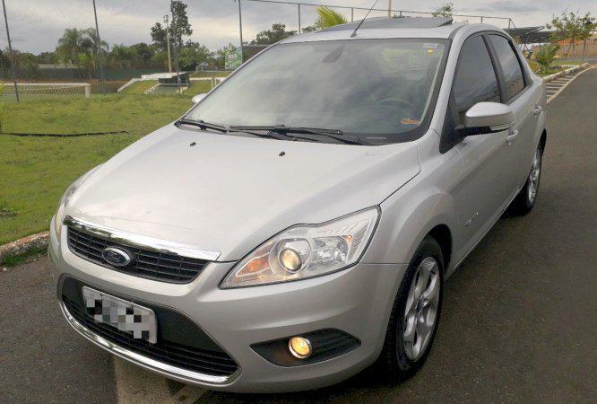Ford focus titanium ano automático com teto