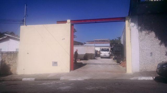 Casa térrea - antiga escola infantil - boa para comércio