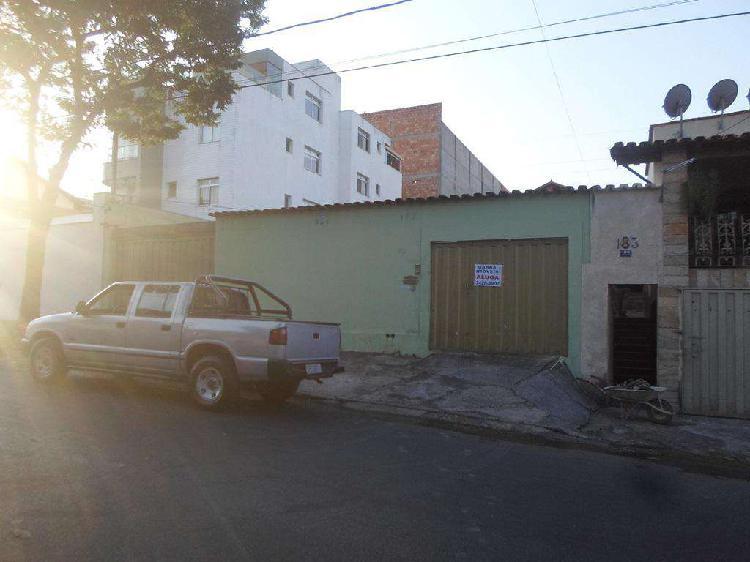 Casa comercial, planalto, 2 quartos, 6 vagas