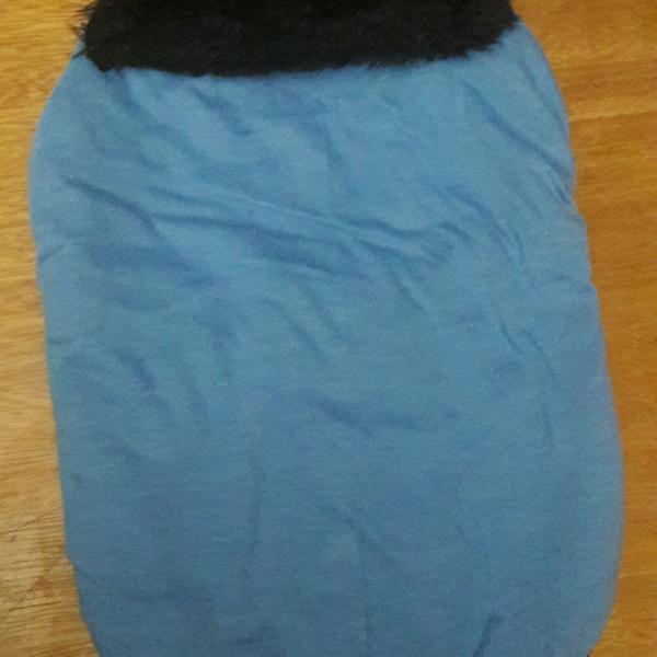 Usada] roupinha de inverno dupla-face azul/preta para cão