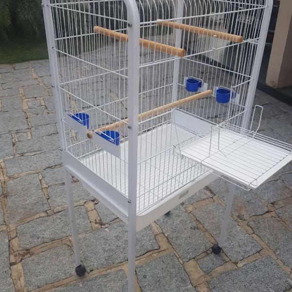 Viveiro para papagaio médio