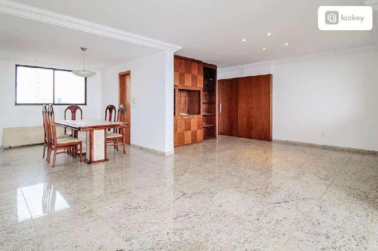 Apartamento, belvedere, 4 quartos