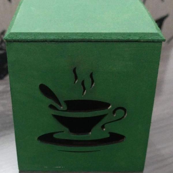 Caixa porta chá.