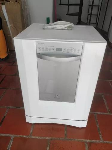 Máquina lavar louça eletrolux