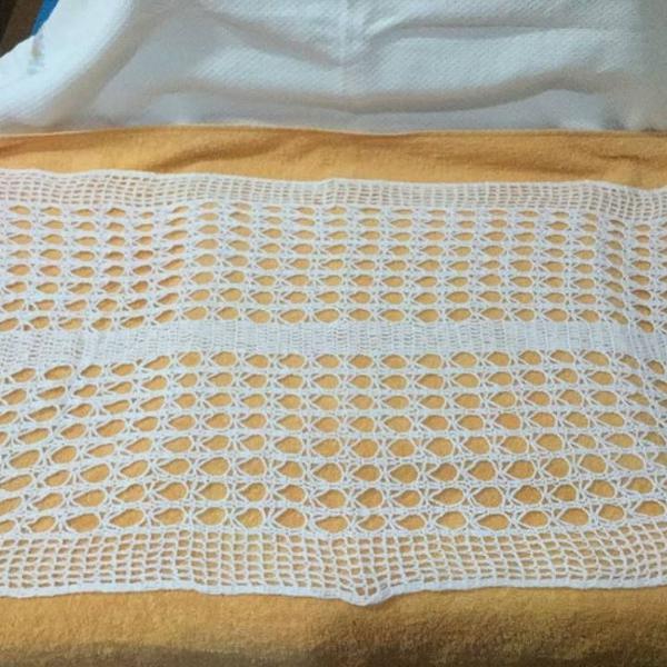 Caminho de mesa crochê branco 100 cm x 49 cm !!!