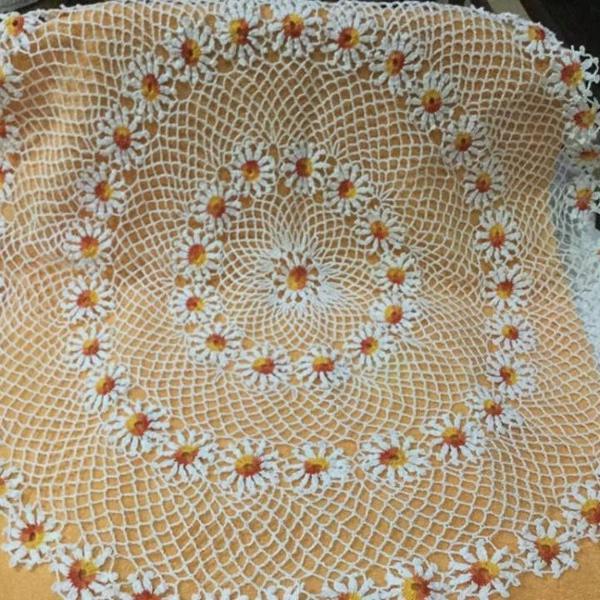Centro de mesa redondo em crochê lindo e delicado 90 cm !!!