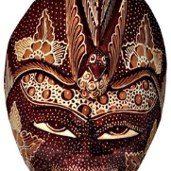 Mascara artesanal para decoração!