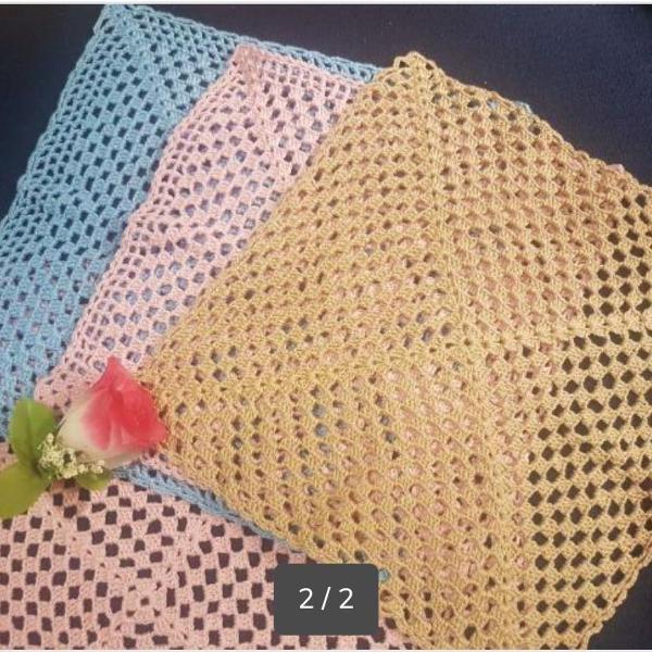 Toalha de mesa de crochê várias cores