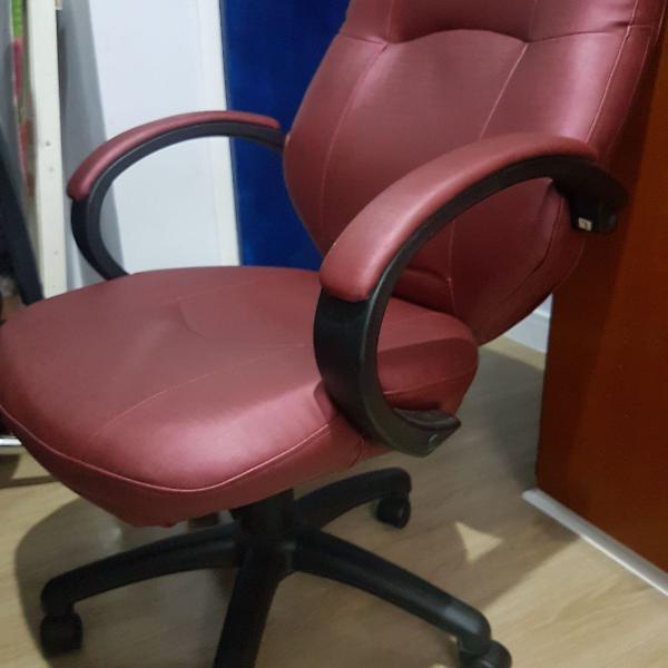 Vende-se cadeira de escritório ou para estudar