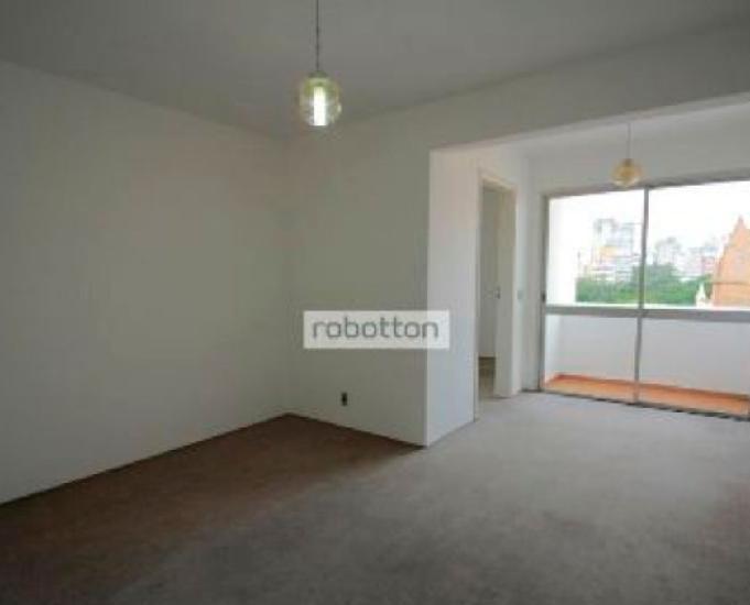Aluga-se apartamento px santa casa.