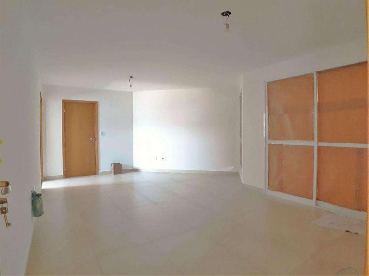 Apartamento, esplanada, 3 quartos, 3 vagas, 1 suíte