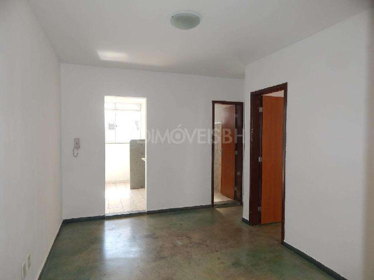 Apartamento, solar do barreiro, 2 quartos