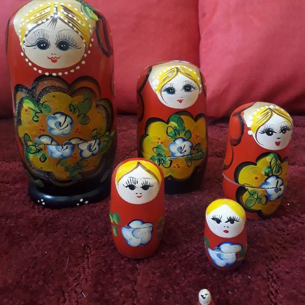Boneca russa artesanal mexicana