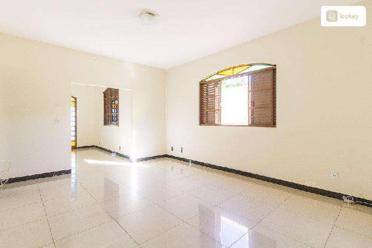 Casa, santa helena (barreiro), 6 quartos