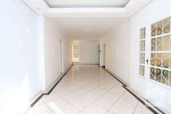 Casa com 4 quartos para alugar no bairro floresta, 140m²