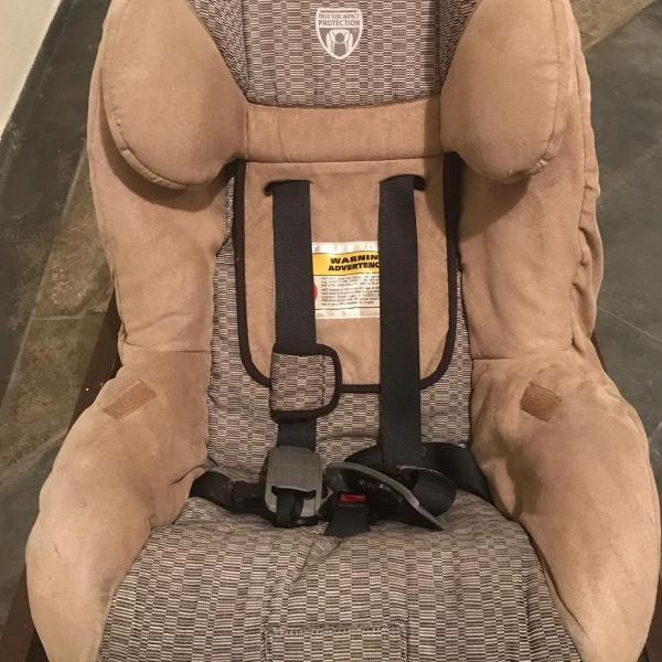 Cadeira de crianças para automoveis britax boulevard,