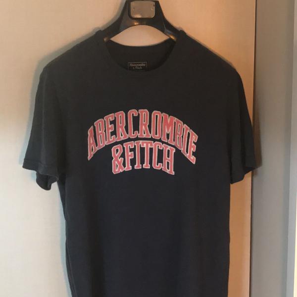 Camiseta abercrombie tam m