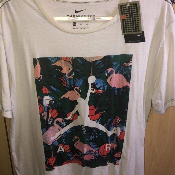 Camiseta nike estampa super estilosa gg com etiqueta e