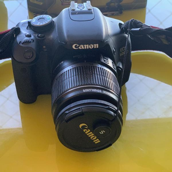 Camera canon 600d+lente 18-135mm+carregador canon+bolsa