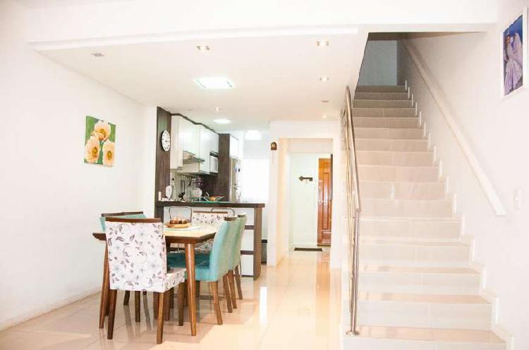 Casa com 3 quartos à venda, 131 m² por r$ 445.000 cod.