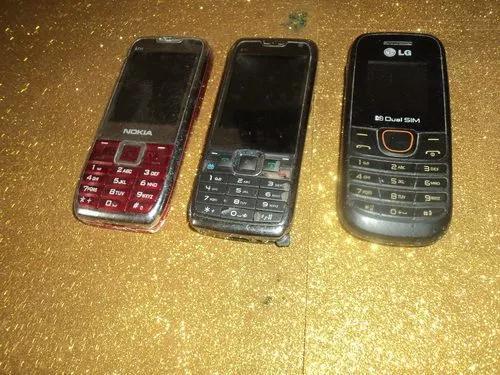 Kits c/ 3 celulares antigos/revisao /retirada peças