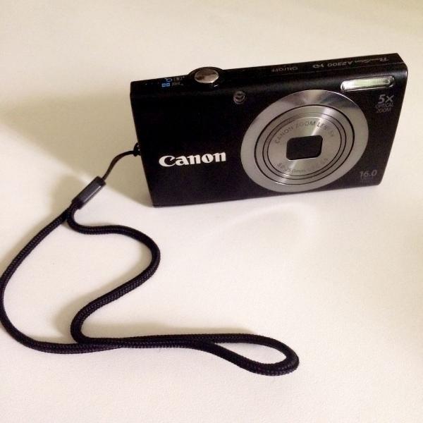 Canon digital black