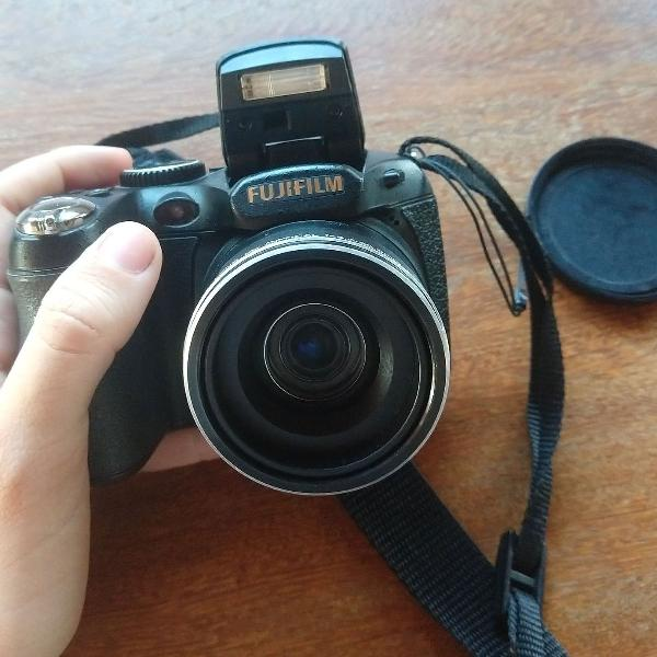 Câmera digital fujifilm finepix s2800 hd