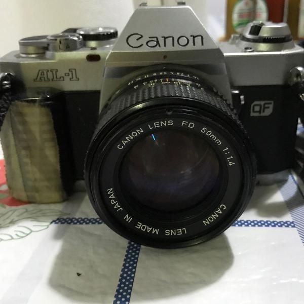 Câmera fotográfica vintage canon para colecionadores