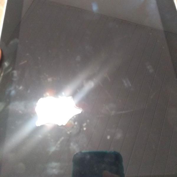 Ipad i 16gb original com capa protetora, fonte(carregador) e