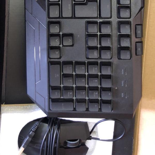 Kit teclado e mouse cooler master storm devastator 3 led