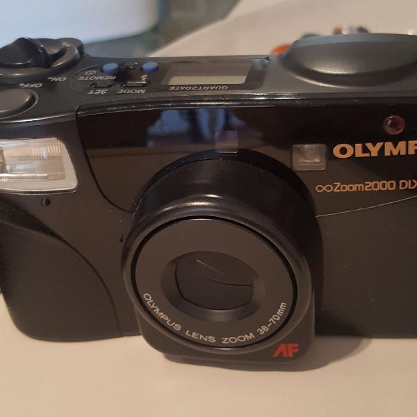Máquina fotográfica analogica olympus