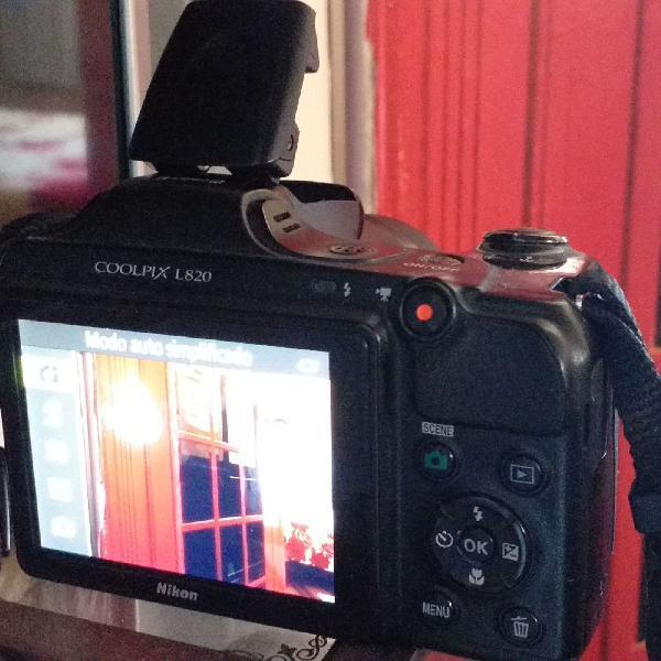 Câmera nikon l820 com 30x zoom, full hd e 16mp