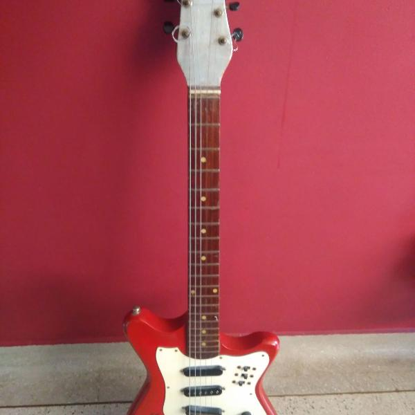 Guitarra rei stratocaster 1974