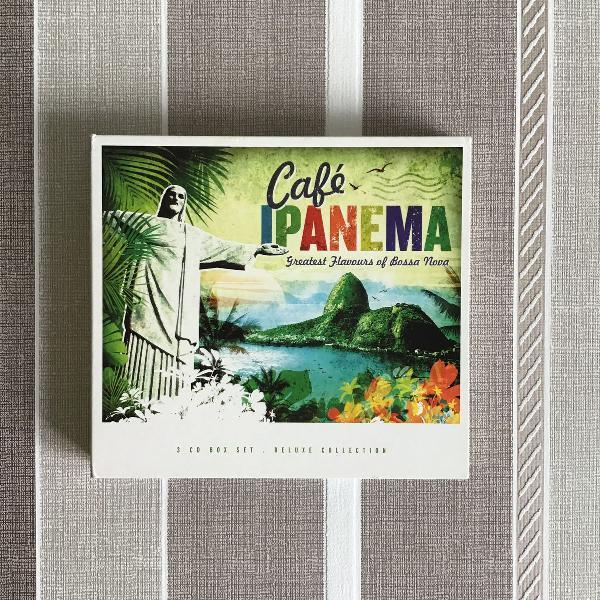 "Box 3 cds ""café ipanema"""