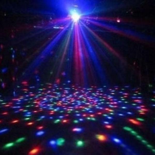 Caixinha de som com lâmpada led colorida