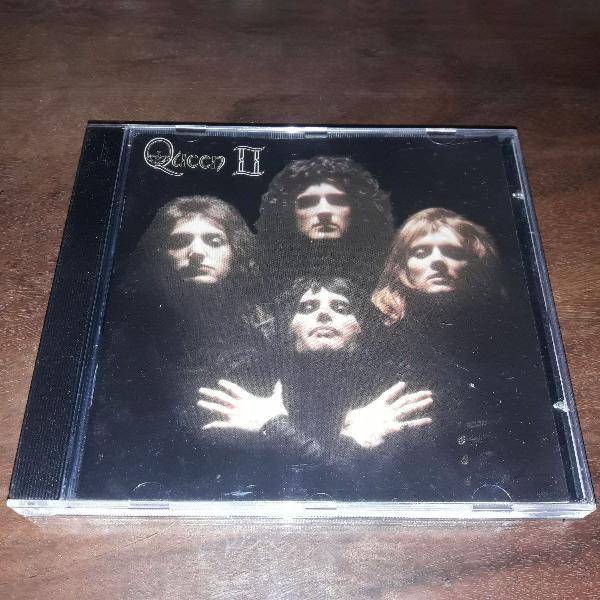 """Cd """"queen ll"""" (1974)"""