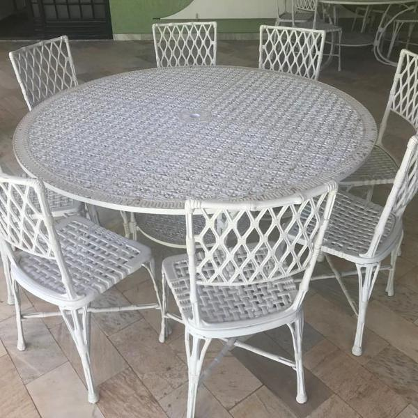 Conjunto mesa + 08 cadeiras