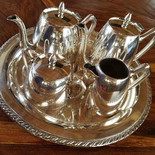 Espetacular baixela p chá e café, banhada a prata