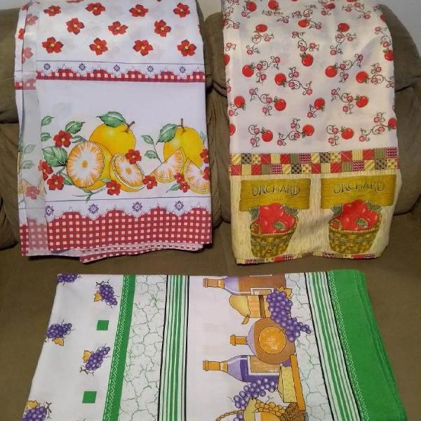 Kit 3 toalhas de mesa em oxford 2,00x1,00